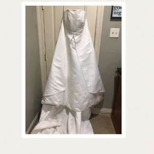 Wedding Dress/strapless